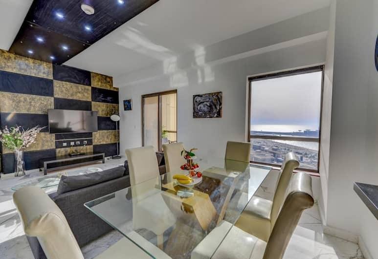 Castles Plaza Holiday Homes - Rimal 3, Dubajus, Vidus