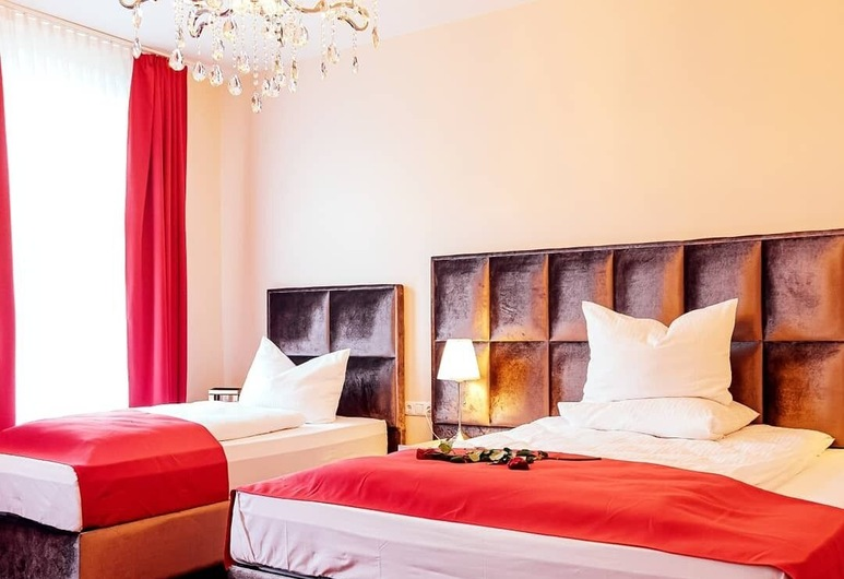 Hotel Hamburger Perle, Hamburg, Comfort suite (3 Persons), Kamer