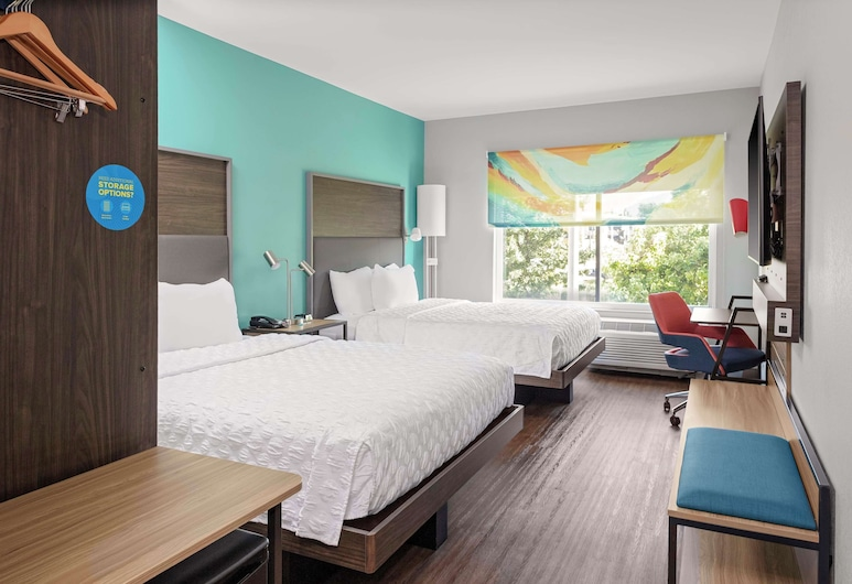 Tru By Hilton Cleveland Midtown, Cleveland, Room, 2 Queen Beds, Guest Room