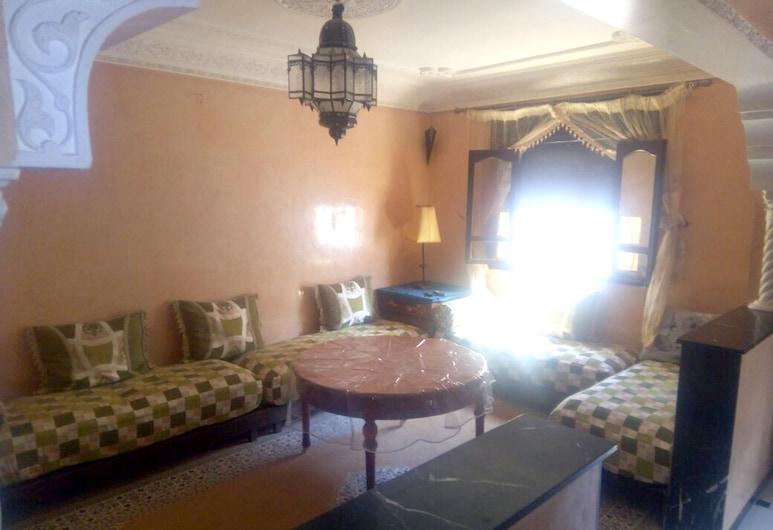 アガディールにあるアパートメント、ベッドルーム 2 室、塀で囲まれた庭、WiFi あり、ビーチから 5 km, アガディール