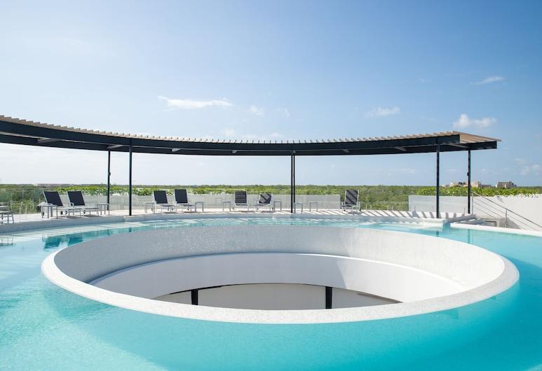The Panoramic By Xperience Hotels, טולום, בריכה על הגג