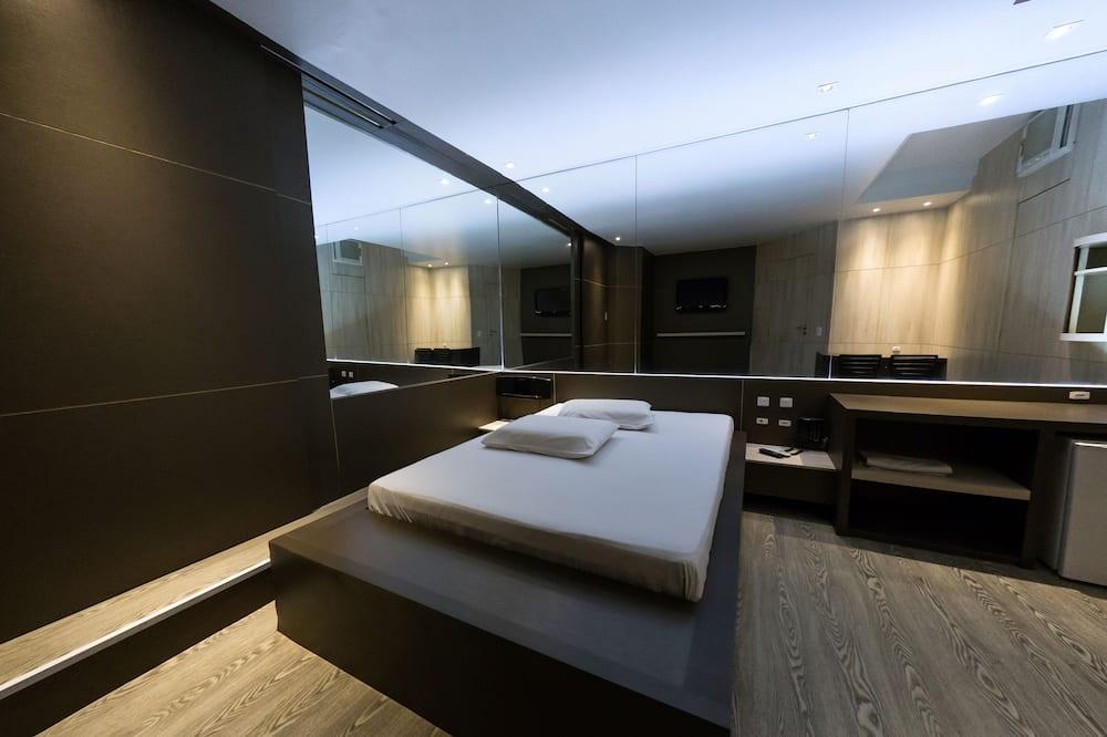 Suite, Hot Tub (Master) - Bilik Tamu