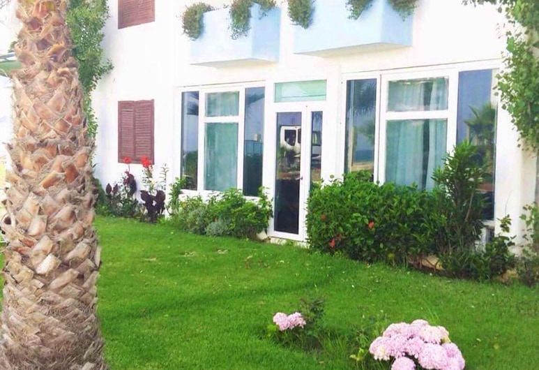 Apartment With 2 Bedrooms in Fnideq, With Furnished Garden and Wifi - 10 m From the Beach, Fnideq