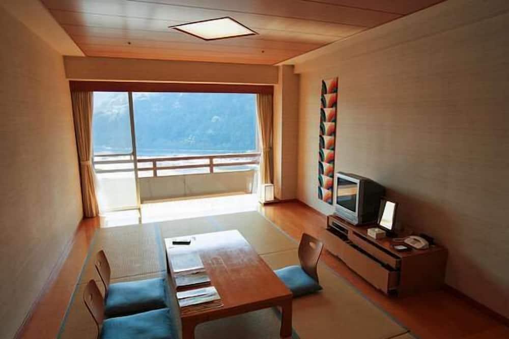 DHC Akazawa Onsen Hotel