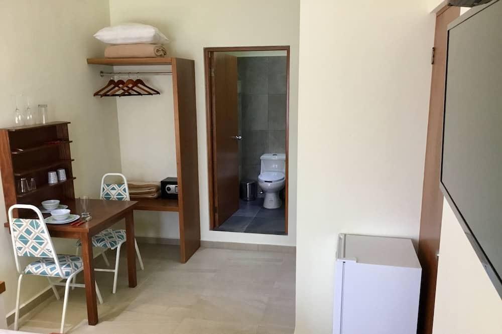 家庭開放式客房, 城市景 - 浴室