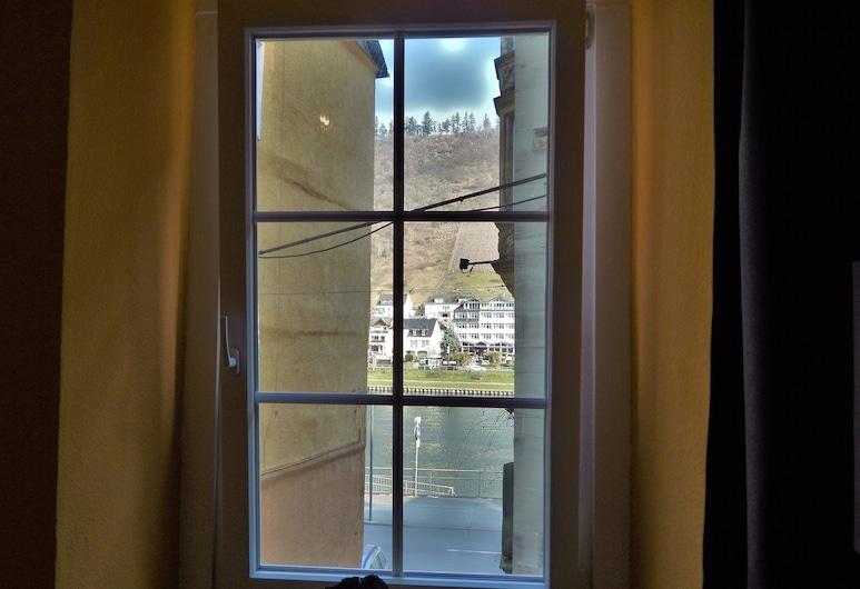 Pension Winnemuller, Cochem, Appartement Tradition, vue canal, côté montagne, Chambre