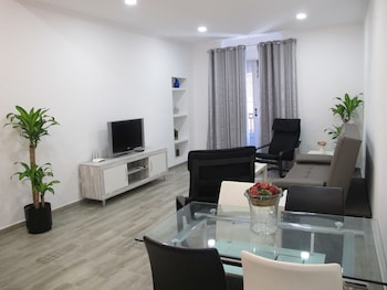 Obrázek hotelu Apartamentos Romero ve městě Alicante