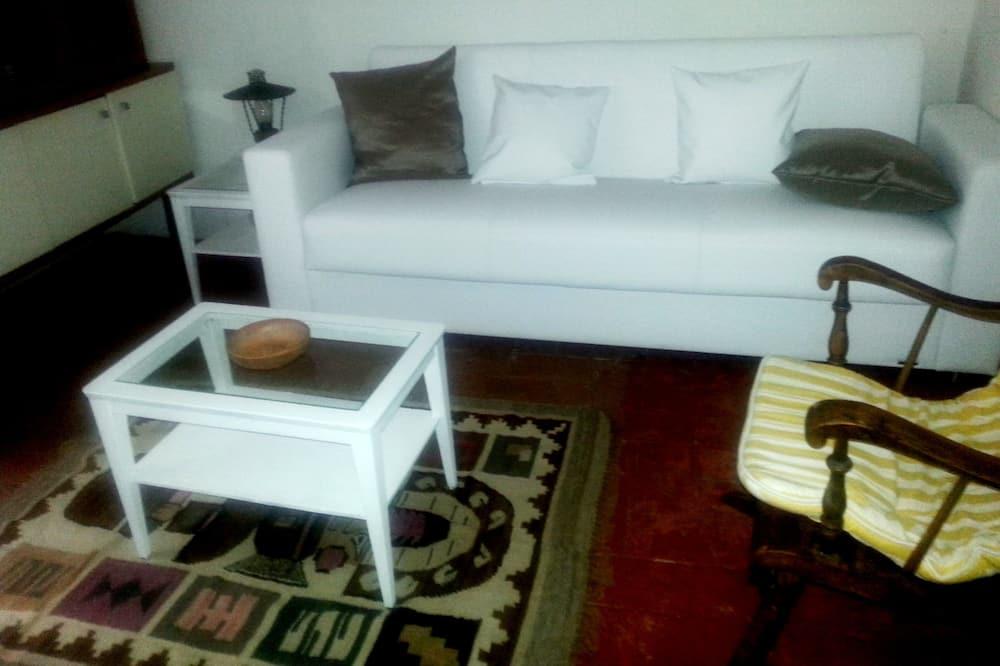 Căn hộ, 1 phòng ngủ, Quang cảnh thung lũng - Khu phòng khách