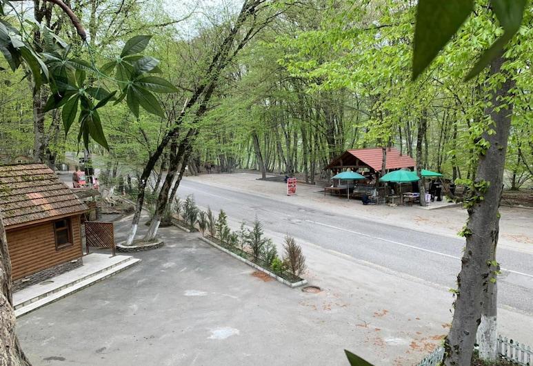 Gachresh Forest Resort, Quba, Courtyard
