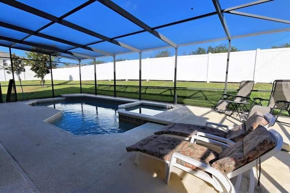 Casa, Letti multipli (110 ESSPL Wonderful 5 bedrooms near D) - Piscina coperta