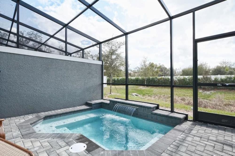 公寓, 多張床 (1203LR BEAUTIFUL TOWNHOME CLOSE TO DI) - 室內 SPA 浴池