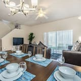 Apartment, Multiple Beds (1104CAL 4 bedroom Townhome in a Resor) - In-Room Dining