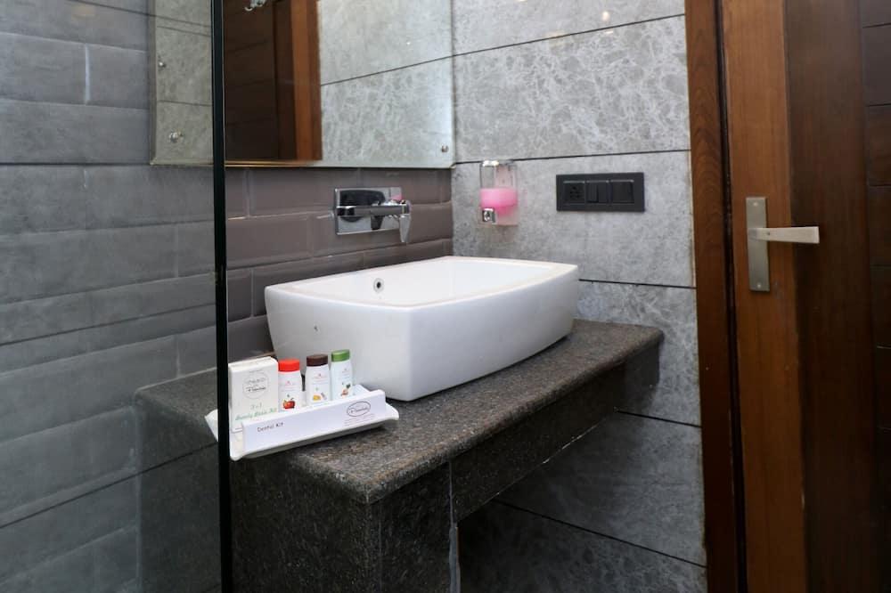 Pokoj typu Deluxe, dvojlůžko - Koupelna