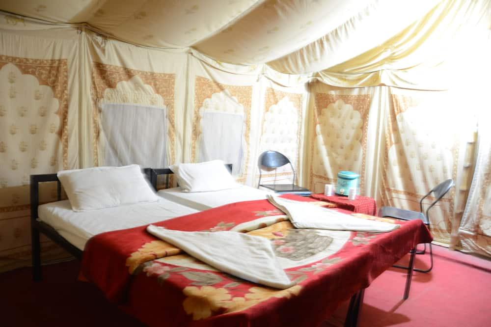 Палатка «Делюкс» - Обед в номере