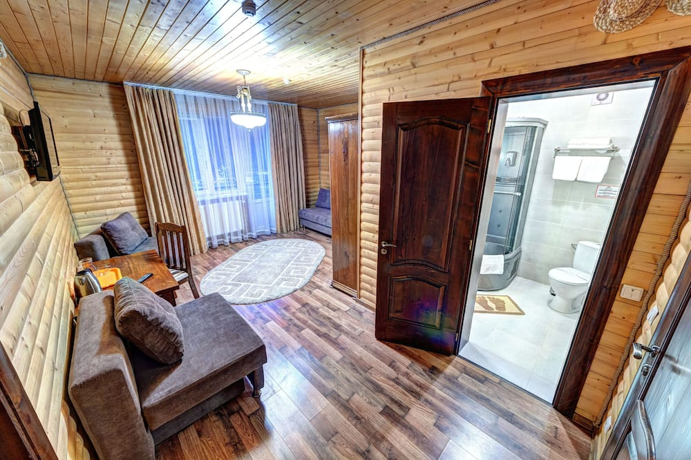 Ištaigingo stiliaus kambarys, 1 didelė dvigulė lova - Svetainė