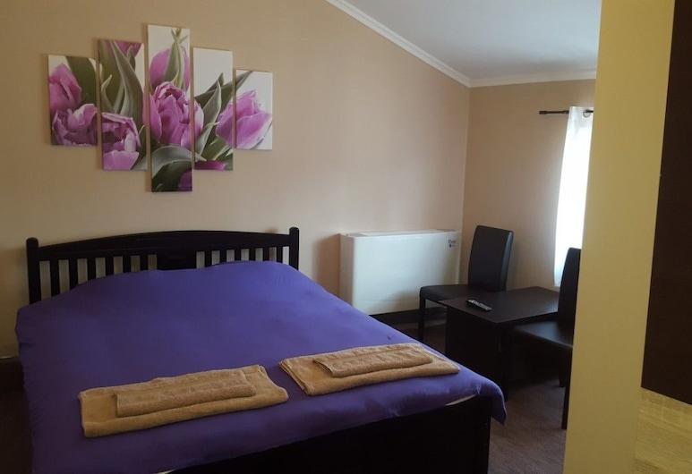 史特法尼耶別墅, Subotica, 雙人房, 1 張特大雙人床, 客房