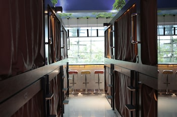 Picture of SNOOZE Capsule Hotel in Hong Kong