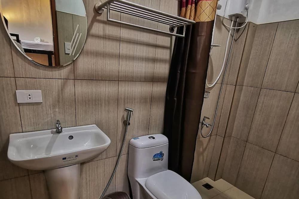 Dortoir Partagé, vue partielle sur l'océan - Salle de bain