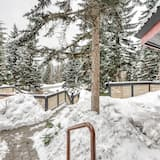 Townhome, 2 Bedrooms, Balcony (Villas Snowberry #22) - Property Grounds