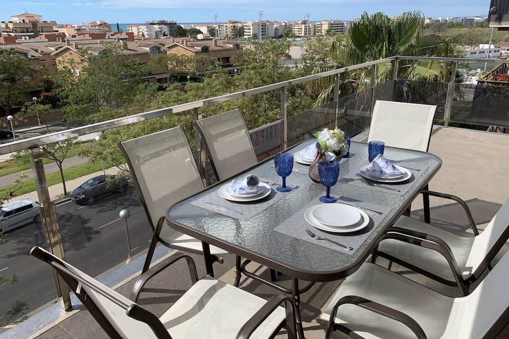 T&H Romana Salou Family Apartment