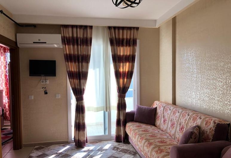 Kanal Plus, Мерсін, Сімейні апартаменти, 1 спальня, з видом на гори, Вітальня