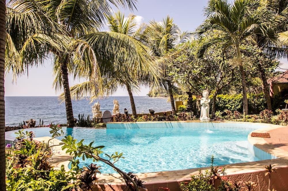 Ģimenes villa, piecas guļamistabas - Privātais baseins
