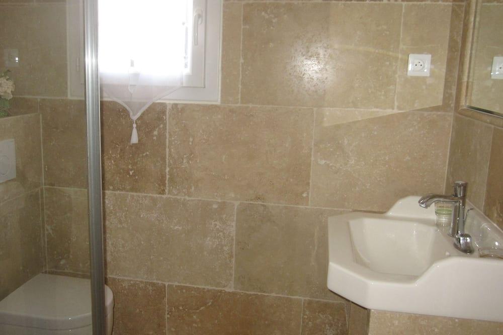 Camera doppia, vista piscina - Bagno