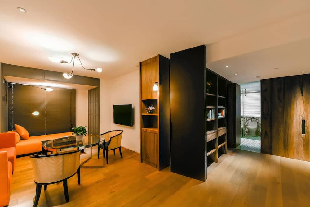 ดีลักซ์อพาร์ทเมนท์, 1 ห้องนอน, ปลอดบุหรี่, วิวอ่าว - พื้นที่นั่งเล่น