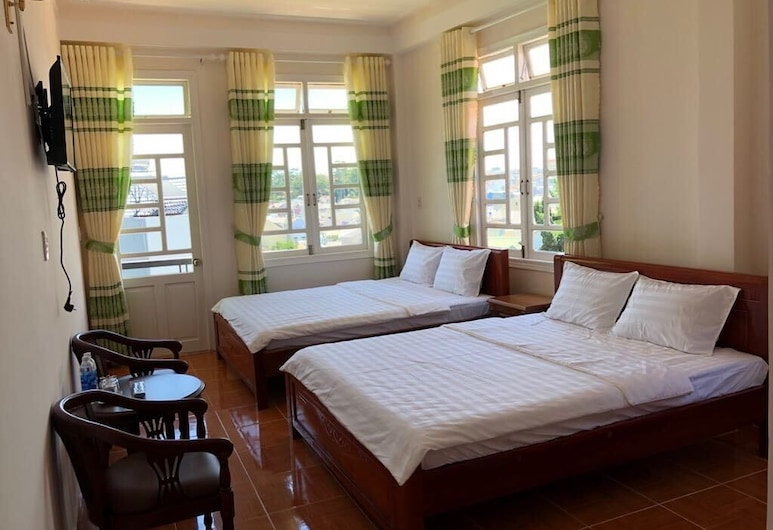 Ngoc Loan Hostel, Ðà Lat, Standard-Vierbettzimmer, 2Queen-Betten, mit Bad, Zimmer