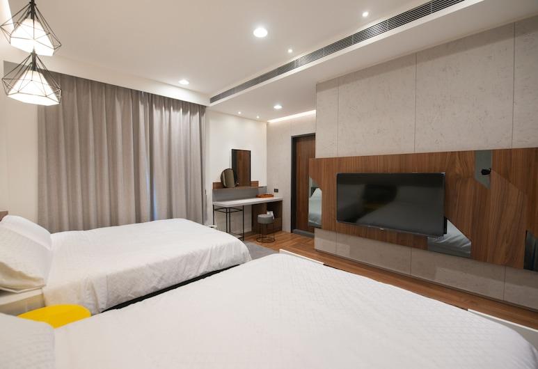 牧海 48 旅店, 恆春鎮, 四人房, 山景, 客房