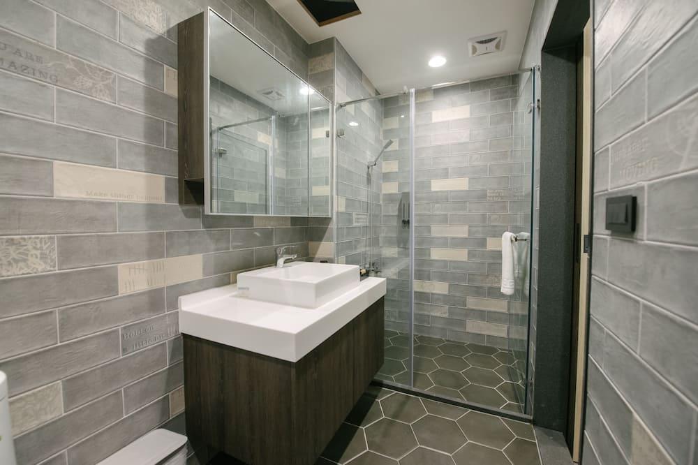 Phòng 4, Quang cảnh núi - Phòng tắm