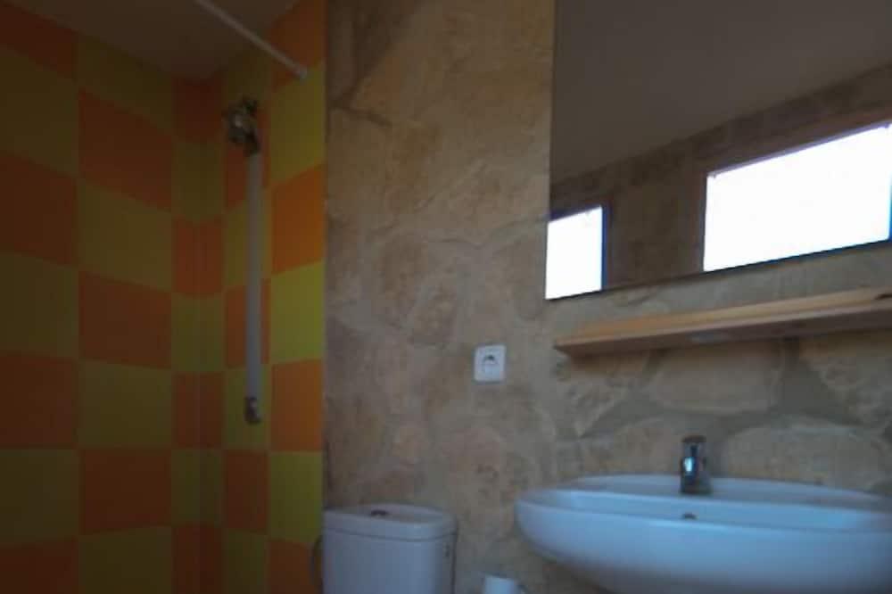 Bungalow - 2 soveværelser (1) - Badeværelse
