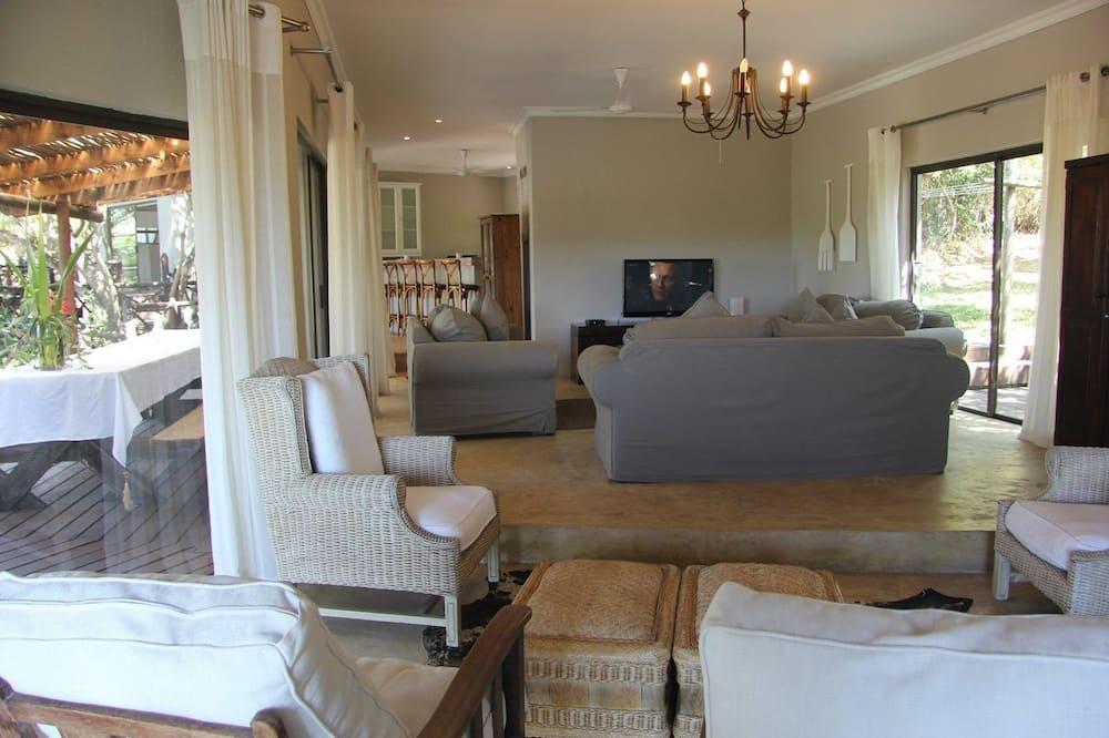 บ้านพัก, 4 ห้องนอน - พื้นที่นั่งเล่น