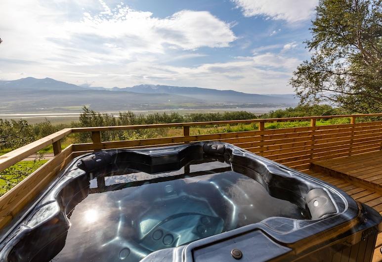 Hotel North, Akureyri, Outdoor Spa Tub