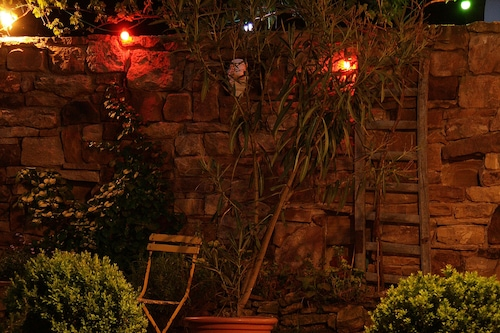 夏季夜晚飯店/