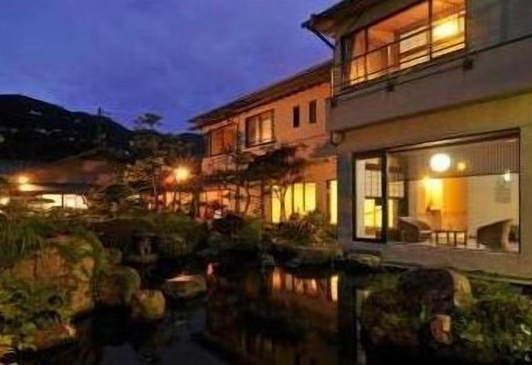 Shiranami, Higashiizu, Exterior