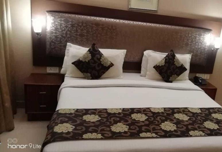 THE DOWN TOWN HOTEL, Χαϊντεραμπάντ