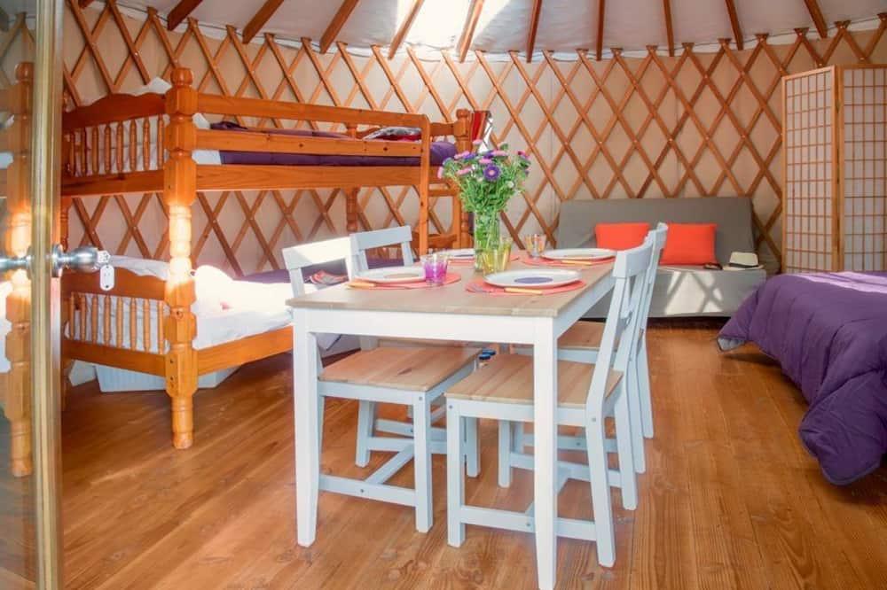 Yourte - Obývacie priestory