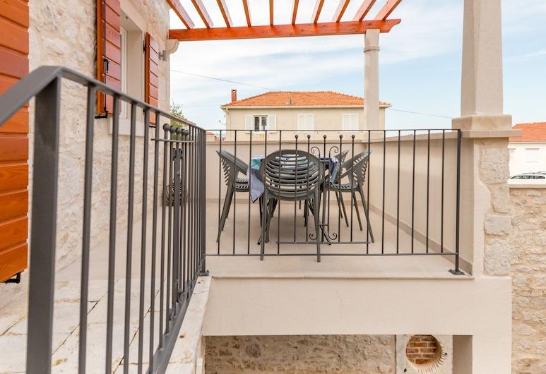 Holiday home Rocca, Supetar, Αίθριο/βεράντα