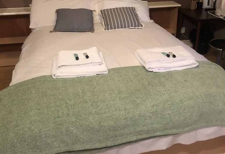 The Salford Arms Hotel - Adults Only, Salford, Tek Büyük Yataklı Oda (Private Shower), Oda