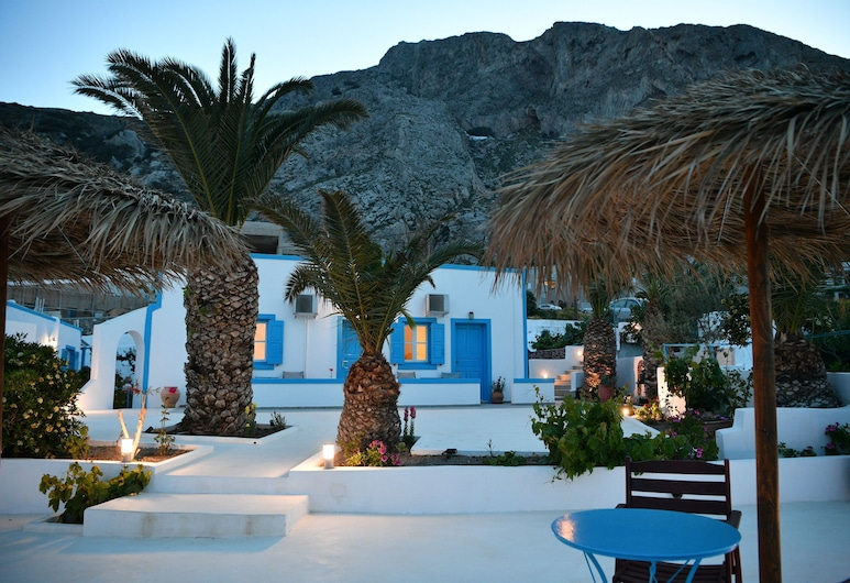 Ancient Thira Hotel, Santorini, Property Grounds