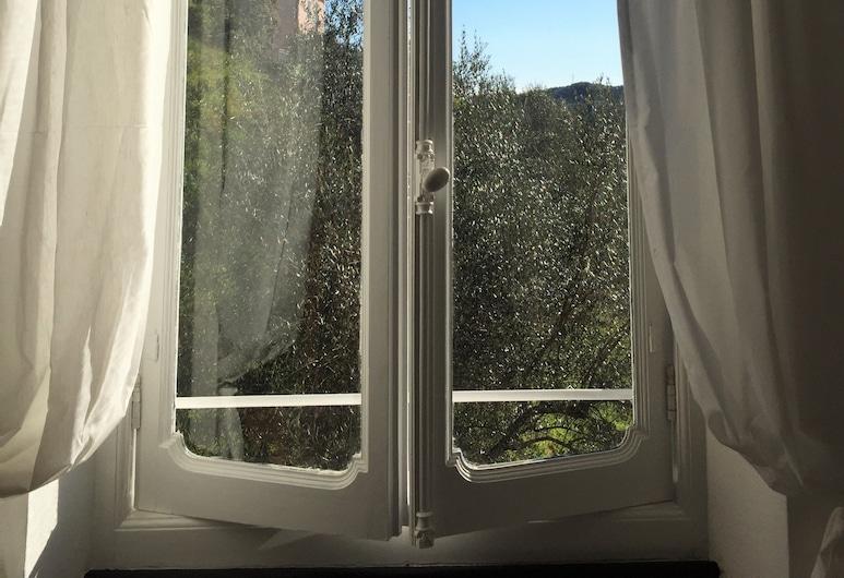 B&B Casa del Priore, Sestri Levante, Chambre Familiale, vue jardin, Vue depuis la chambre