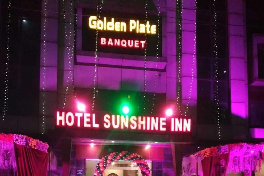 Hoel Sunshine Inn
