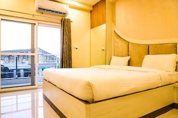 Picture of Hotel Shri Radha Nikunj Vrindavan Opposite Prem Mandir in Mathura