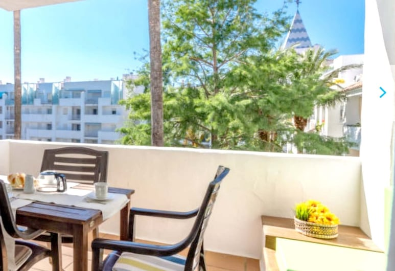 Apartment With 2 Bedrooms in Roses, With Shared Pool, Enclosed Garden and Wifi - 2 km From the Beach, Roses, Terrace/Patio