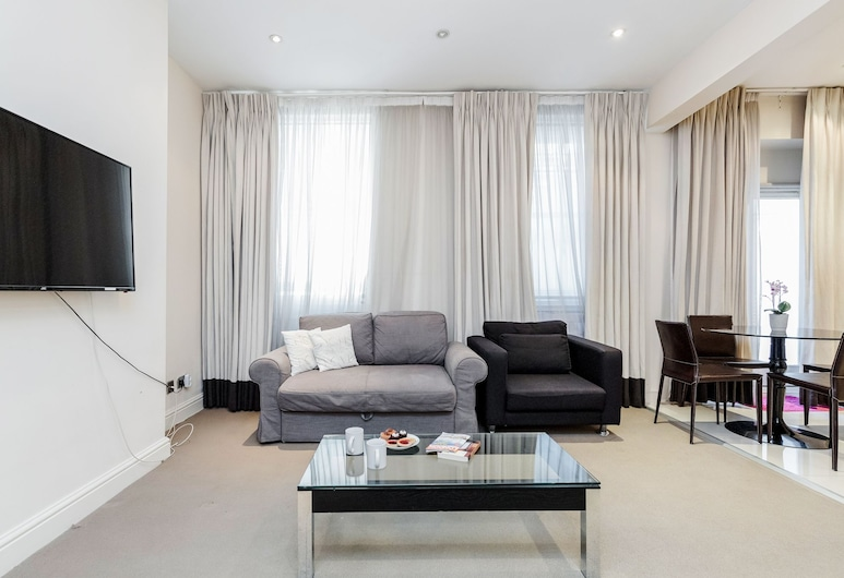 Baker Apartment, London