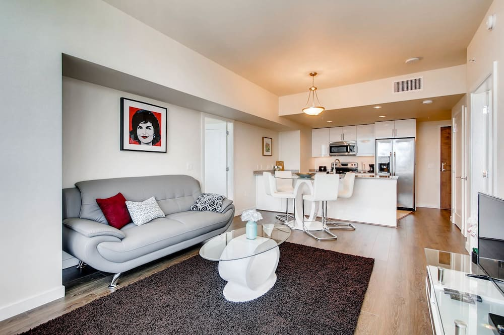 Apartment, 2 Bedrooms, Kitchen - Living Area
