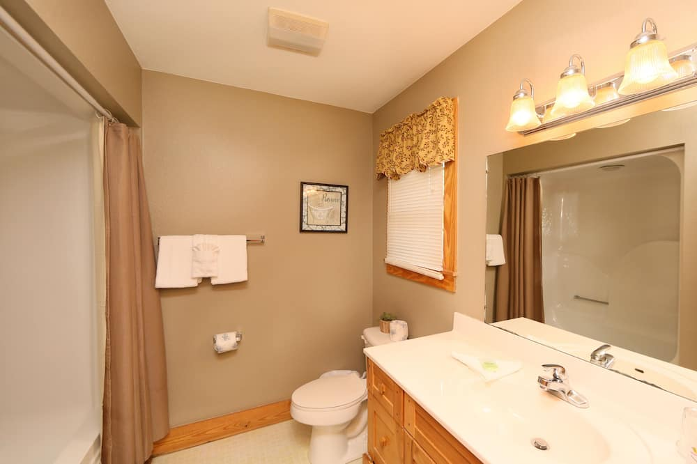 Nhà gỗ, 3 phòng ngủ, Bồn tắm nước nóng, Có thể ngắm cảnh - Phòng tắm