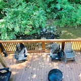 Creekside Dreams - One Bedroom Cabin