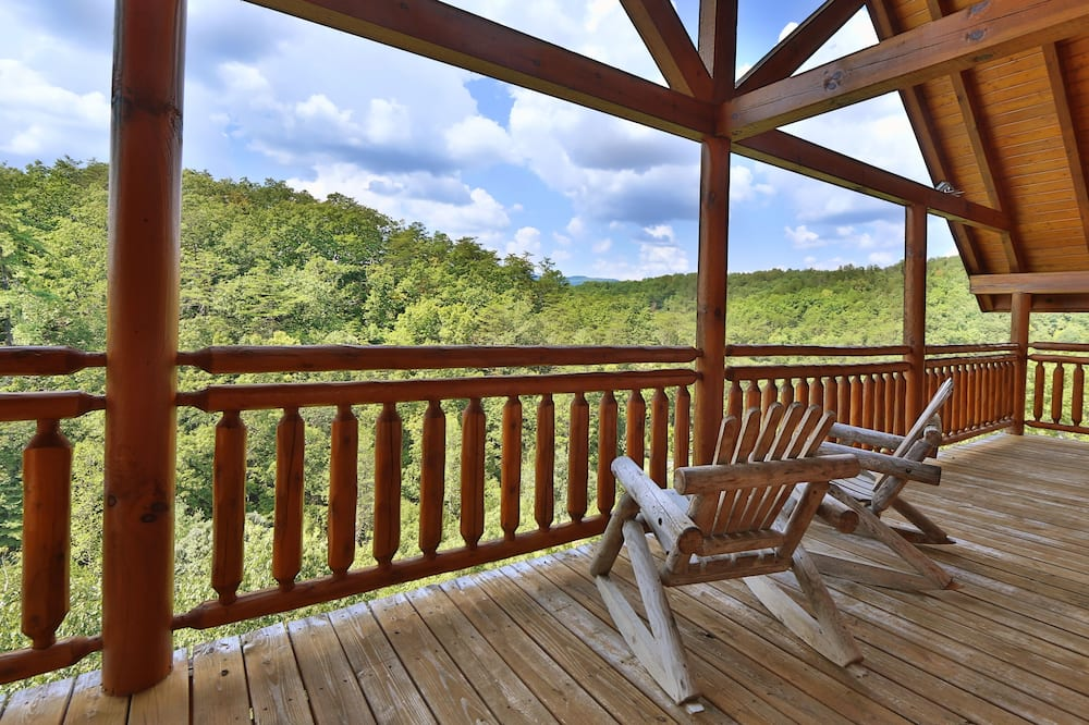 Cabin, Multiple Beds, Hot Tub - Balcony